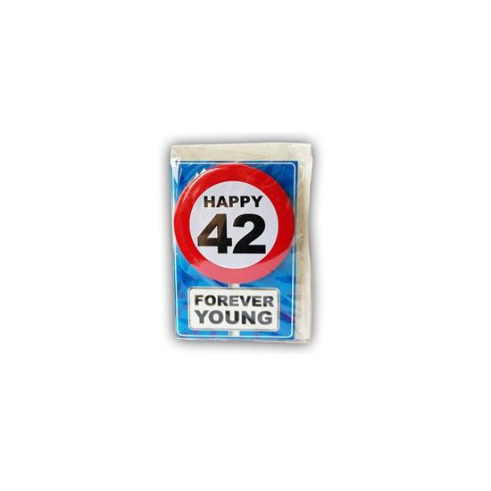 42 jaar ansichtkaart met button