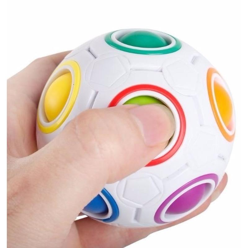Magische anti stress regenboog bal 7 cm
