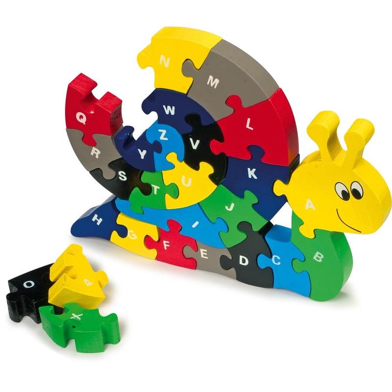Slak puzzel van hout met letters